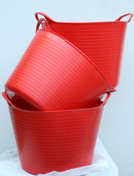 The+ORIGINAL+Tub+Trug+Buckets%2E+Flexible+14+Litre++ORIGINAL+Tub+Trug+Buckets+in+Post+Box+Red